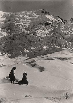 Pause sur le glacier des Bossons. Gabriel LOPPE